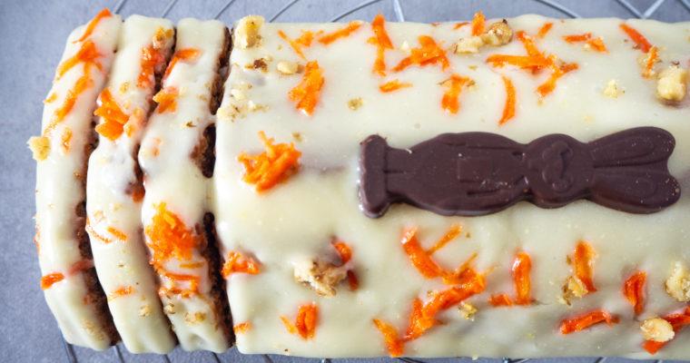 Veganer Karottenkuchen mit Frosting