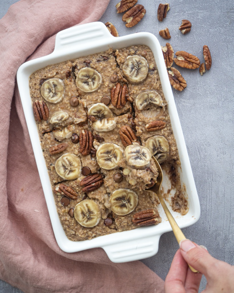 Einfaches Baked Oatmeal mit Banane