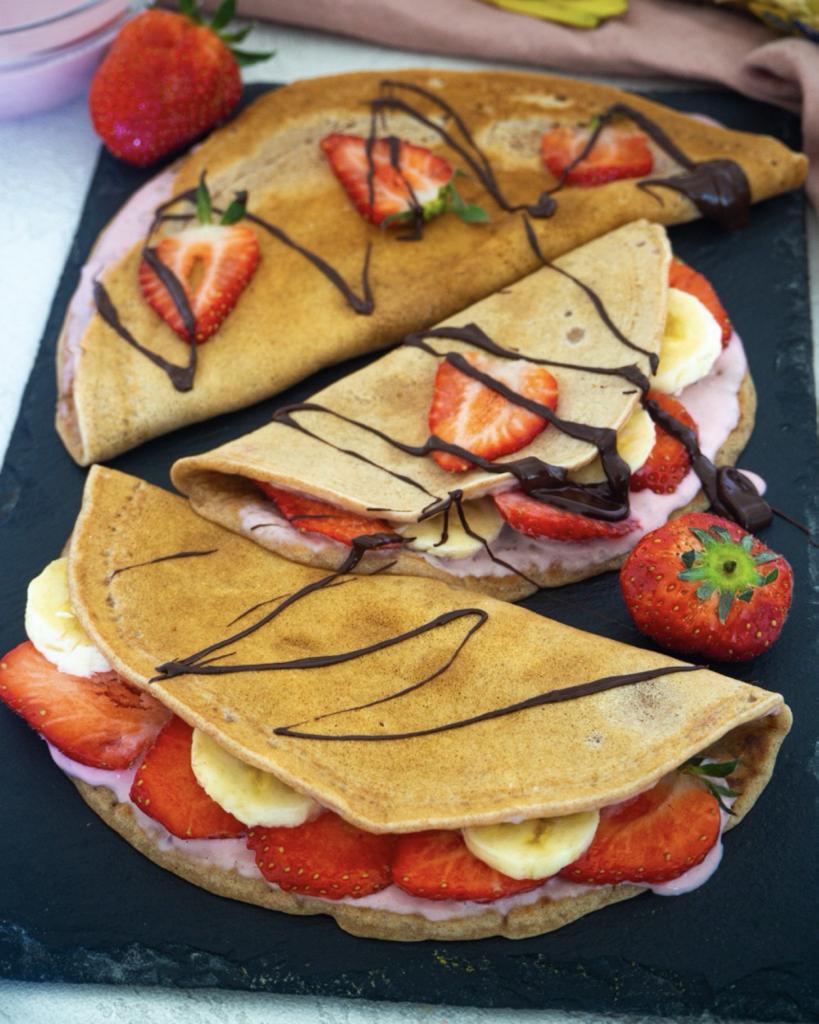Vegane Crepes mit Erdbeeren
